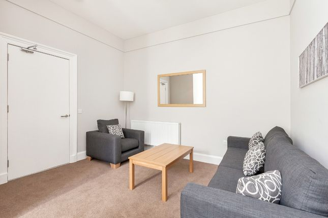 Thumbnail Flat to rent in Grove Street., City Centre, Edinburgh