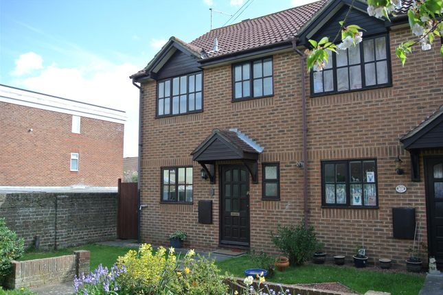Thumbnail Property to rent in Little Pembrokes, Downview Road, Worthing