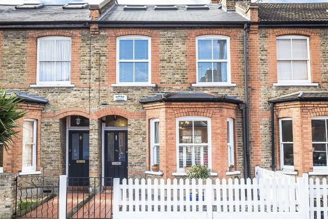 4 bed property for sale in May Road, Twickenham