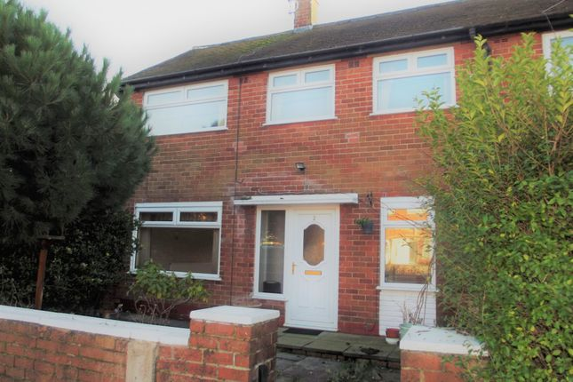 Thumbnail Terraced house to rent in Lyndhurst Drive, Preston, Lancashire