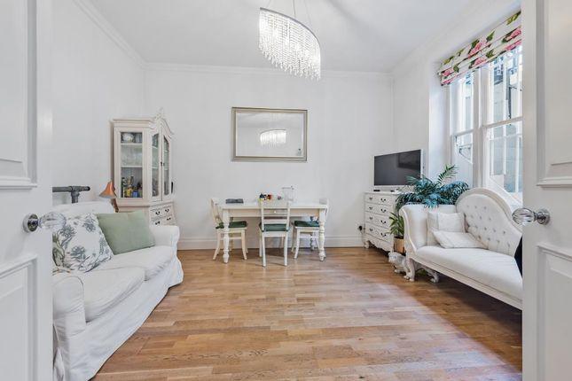 2 bed flat for sale in Clanricarde Gardens, London W2