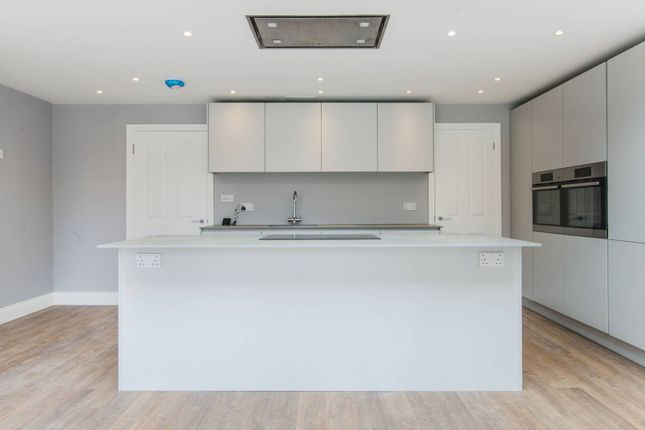 Thumbnail Property to rent in Pitfold Road, Lee