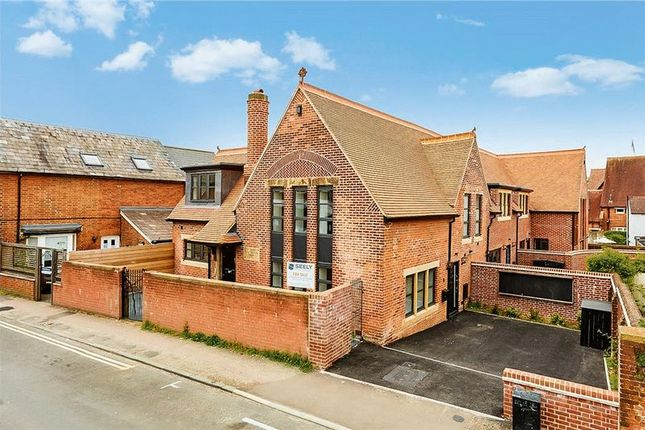 Thumbnail Link-detached house for sale in Newcomen Road, Tunbridge Wells