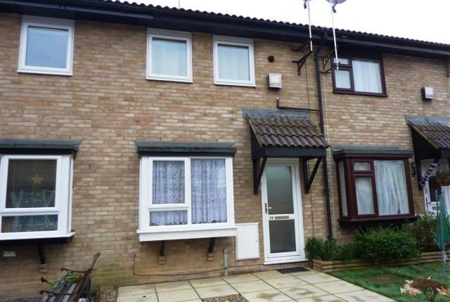Thumbnail Terraced house to rent in Ashlyns Way, Chessington