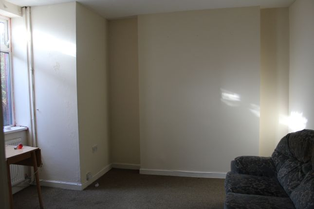 Thumbnail Flat to rent in North Road, Ferndale