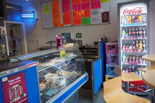Restaurant/cafe for sale in Cafe & Sandwich Bars HX3, West Yorkshire