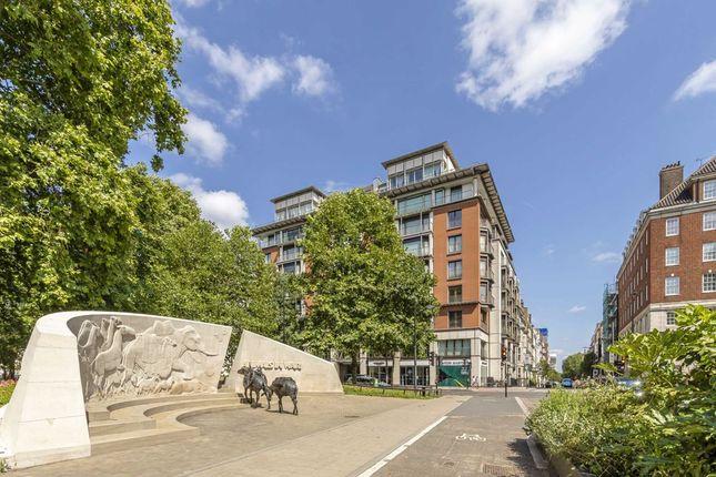 Thumbnail Flat for sale in Park Lane, London