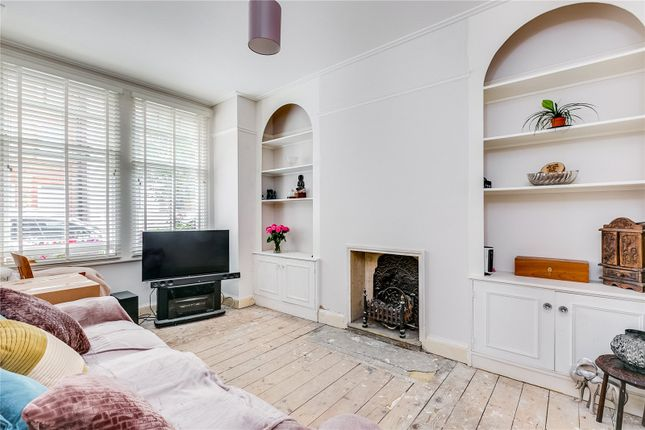 Living Area of Esparto Street, Wandsworth, London SW18