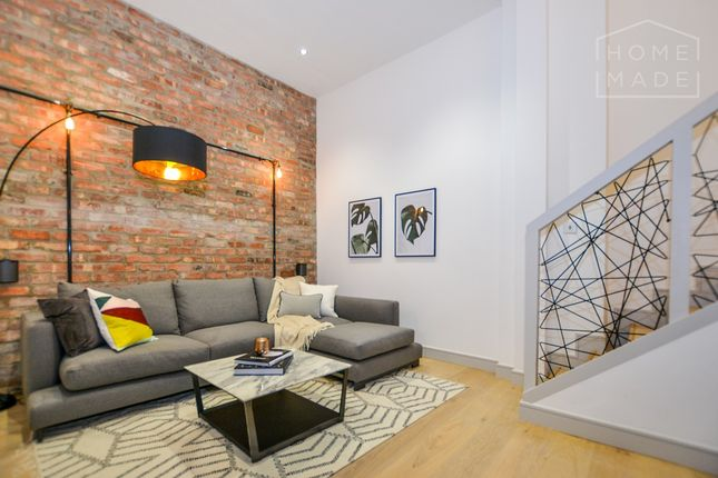 Flat to rent in Vauxhall Bridge Road, Westminster