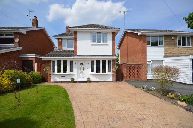 Thumbnail Detached house for sale in Winfrith Close, Spital, Wirral