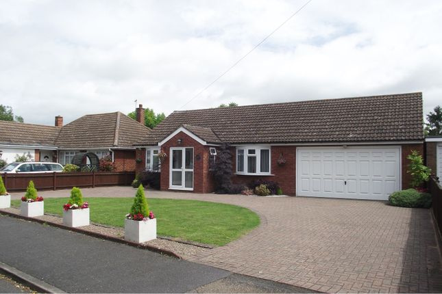 Thumbnail Detached bungalow for sale in Bedford Road, Barton-Le-Clay, Bedford