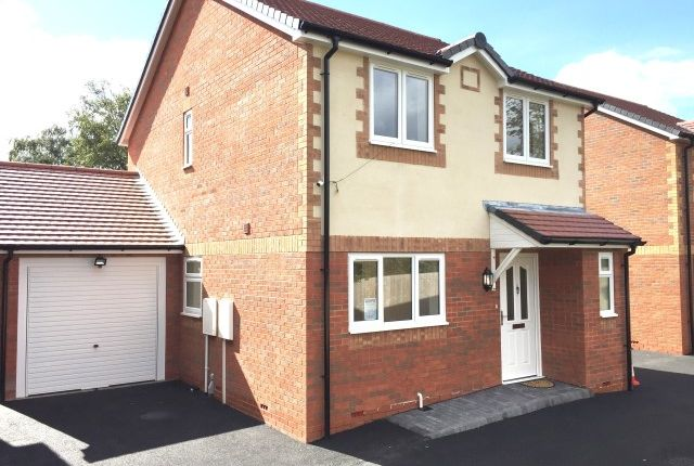 Thumbnail Detached house for sale in Hawthorne Orchard, Grendon