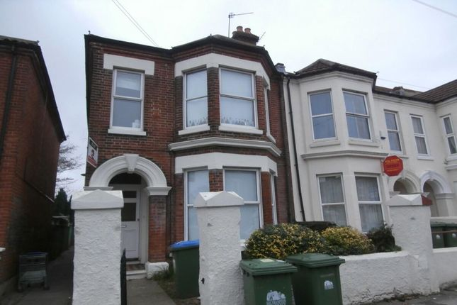 Thumbnail Semi-detached house to rent in Wilton Avenue, Southampton