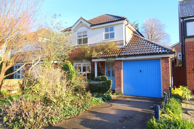 3 bed detached house for sale in Grenville Gardens, Chichester