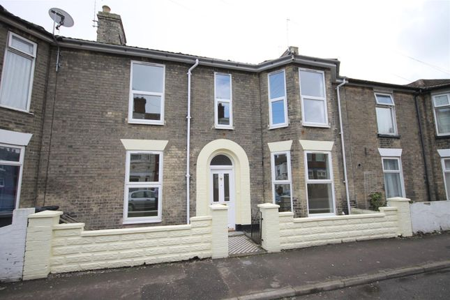 Thumbnail Terraced house to rent in York Road, Great Yarmouth