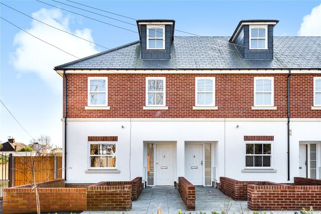Thumbnail End terrace house for sale in Accomodation Road, Barnet