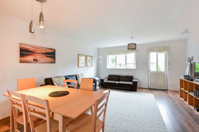Thumbnail Terraced house to rent in Ann Moss Way, London