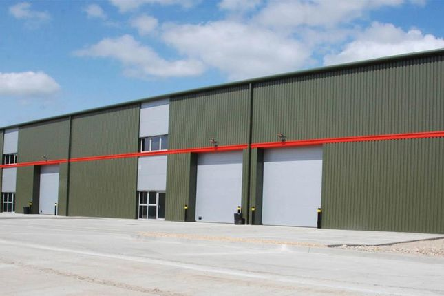 Thumbnail Warehouse to let in Century Court Phase II, Westcott Venture Park, Buckinghamshire