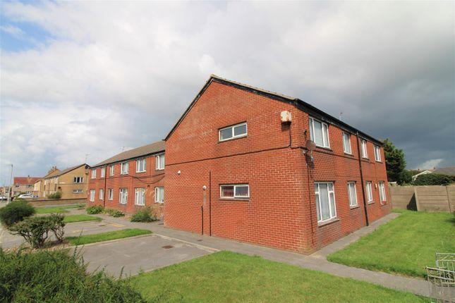 External of Northway, Fleetwood FY7