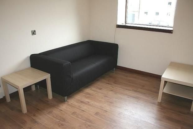 Thumbnail Flat to rent in Gardner Crescent, Aberdeen