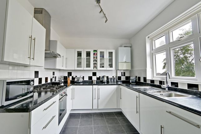 Thumbnail Flat for sale in Cockfosters Road, Cockfosters