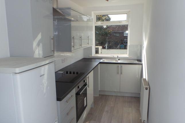 2 bed flat to rent in Redlands Lane, Fareham PO14