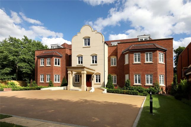 Thumbnail Flat for sale in Laggan House, Lady Margaret Road, Sunningdale, Berkshire