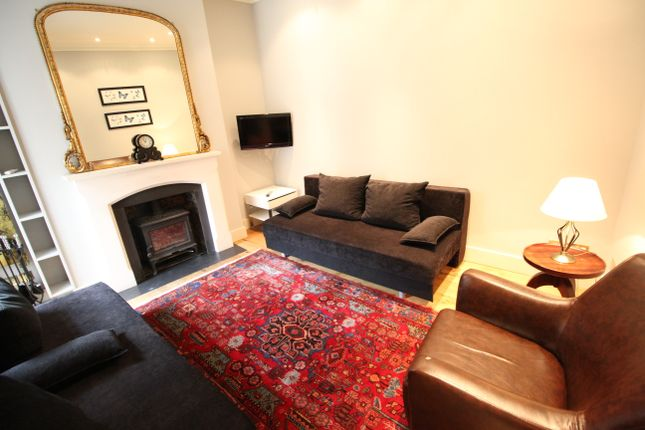 Thumbnail Flat to rent in Broad Court, Covent Garden, London