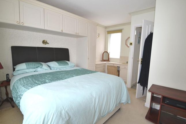 Photo 9 of Cadogan Court, Christchurch Road, Worthing BN11