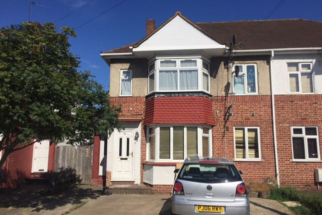 Thumbnail Flat to rent in Stratford Road, Yeading, Hayes