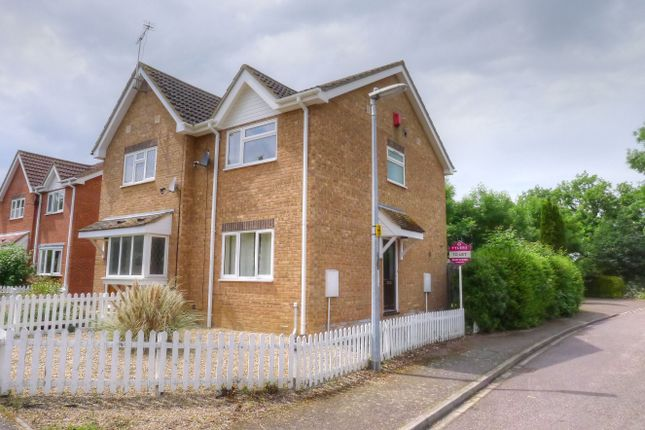 2 bed semi-detached house to rent in Kettles Close, Oakington CB24