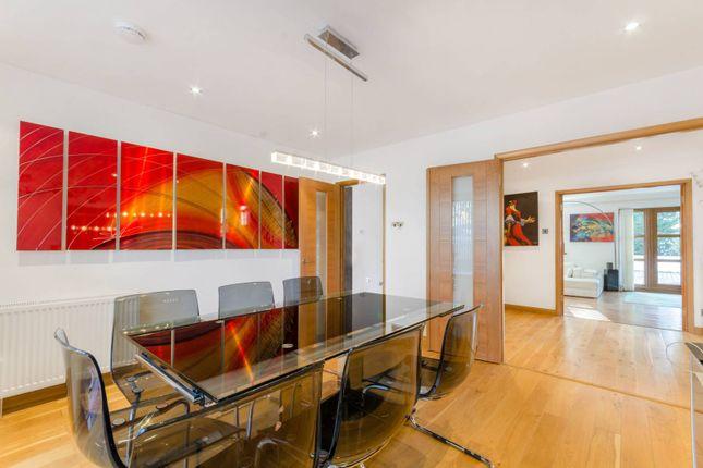 Thumbnail Property to rent in Barnet Gate Lane, Barnet