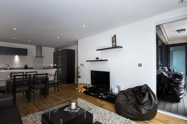 Thumbnail Flat to rent in Eltringham Street, London