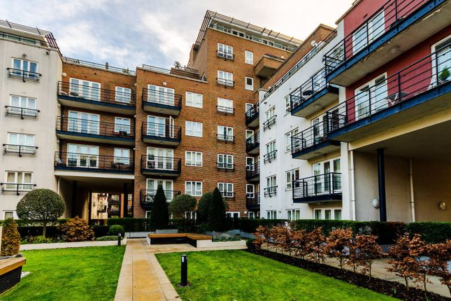 Thumbnail Flat to rent in Dartmouth House, Kingston, Kingston Upon Thames