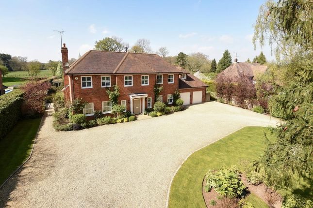Thumbnail Detached house for sale in Shepherd's Green, Henley On Thames