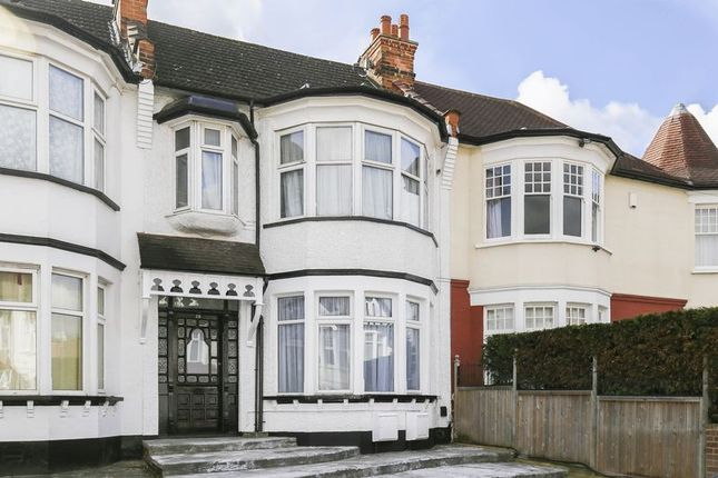 Thumbnail Flat for sale in Lodge Drive, London
