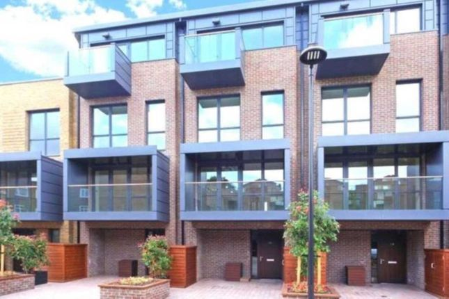 Thumbnail Flat to rent in Bromyard Avenue, Acton