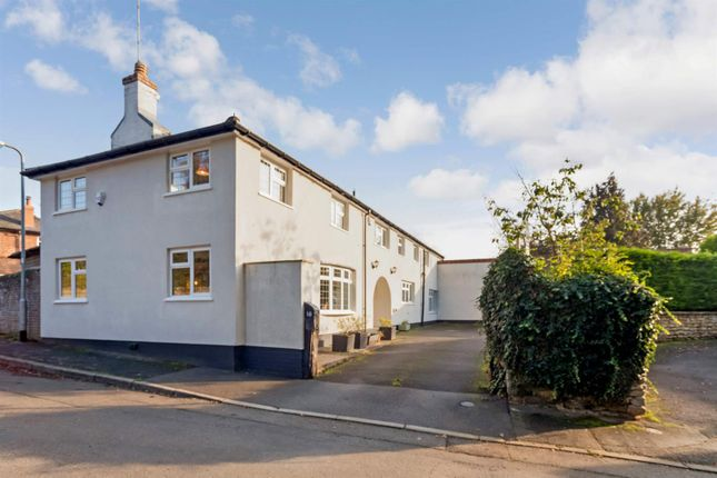 Thumbnail Cottage for sale in Pond Street, Harlaxton, Grantham