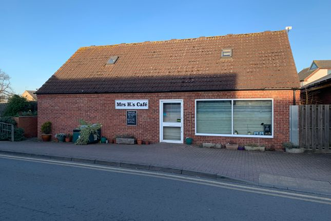 Thumbnail Restaurant/cafe to let in Hykeham Green Shopping Centre, Lincoln Road, North Hykeham, Lincoln