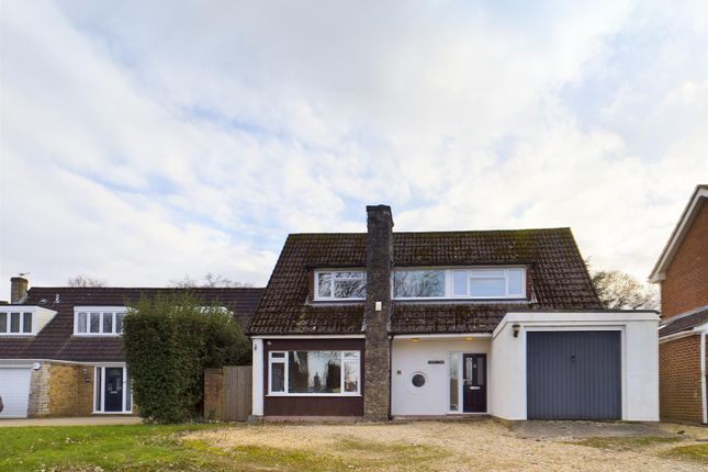 Thumbnail Detached house for sale in Homesteads Road, Basingstoke