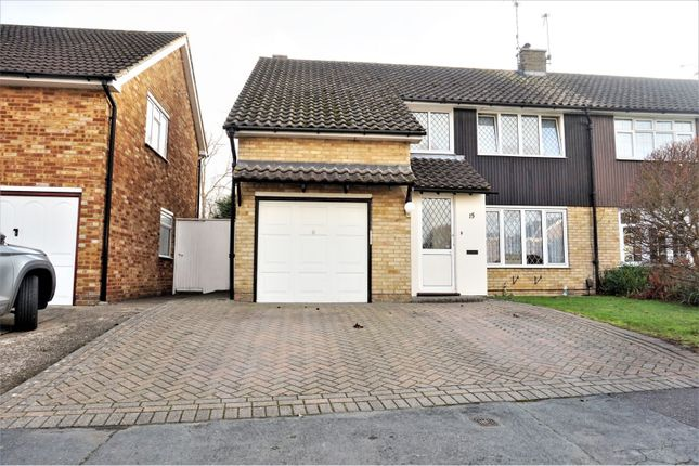 Front View of Curlew Crescent, Basildon SS16