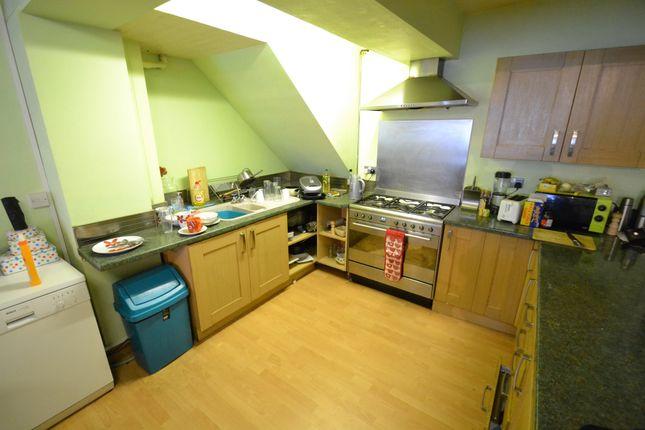 Kitchen of Moy Road, Roath, Cardiff CF24