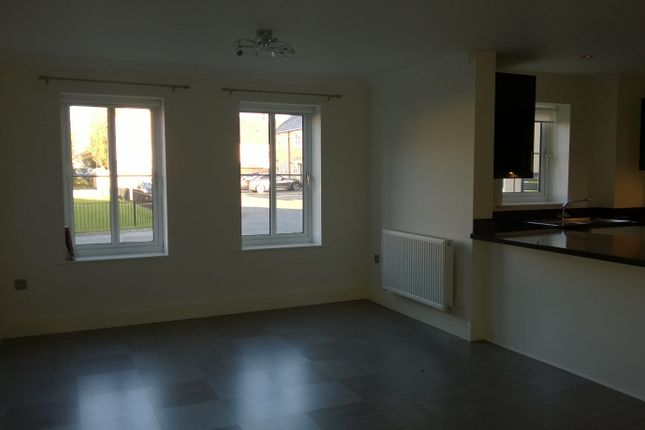 Thumbnail Flat to rent in Great Gutter Lane East, Willerby