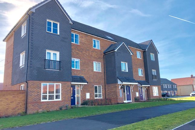 Thumbnail 2 bed flat for sale in Cottongrass Road, Didcot