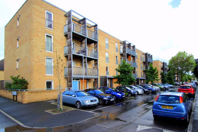 1 bed flat for sale in 117 Walton Road, Manor Park