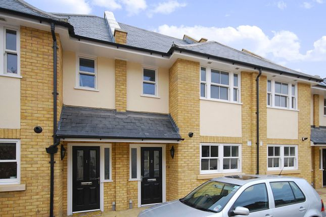 Thumbnail Property to rent in Barry Road, East Dulwich