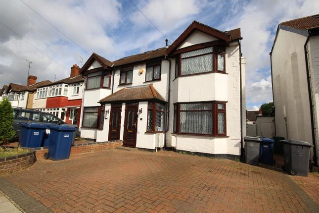 Thumbnail Semi-detached house for sale in Warwick Avenue, Edgware, Middlesx