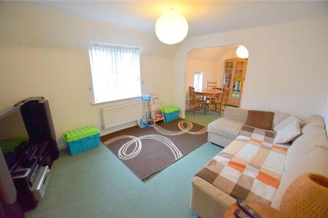 Living Room of Bratton Drive, Nottingham, Nottinghamshire NG5