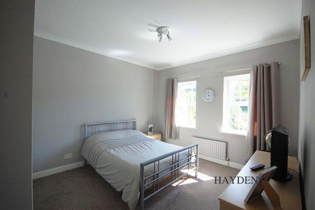 Bedroom 3 of Mallow Walk, St. James Road, Goffs Oak EN7