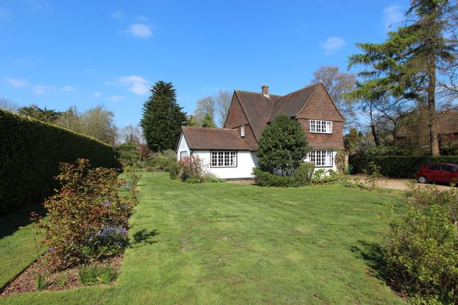 Thumbnail Detached house for sale in Hollymead Road, Chipstead, Coulsdon